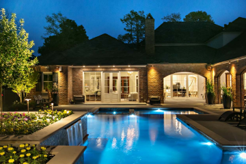 Swimming Pool and Exterior